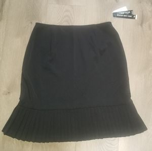 Briggs New York Skirt size 10 New with tags!